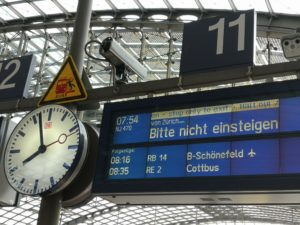 Berlin Bahnhof Ankunft Nightjet NJ470
